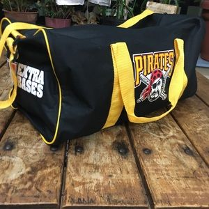 Other - Vintage Pittsburgh Pirates Gym Bag/ Medium